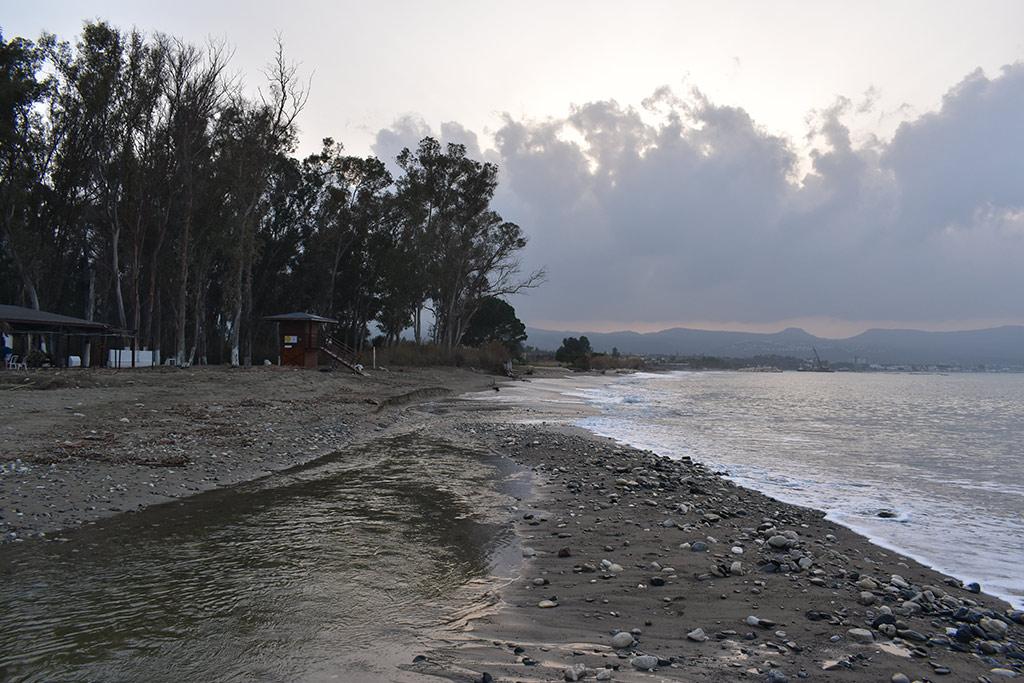 polis-beach_02