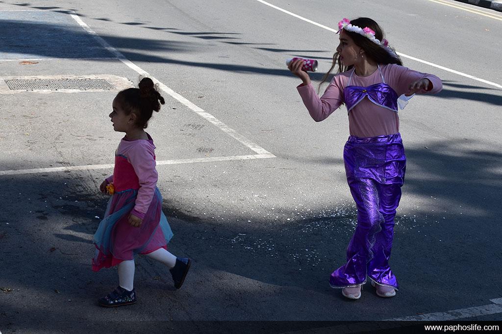 paphos-carnival-2020_003-spray