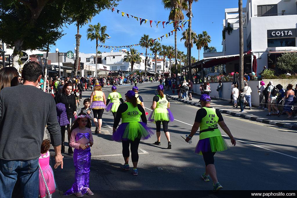 paphos-carnival-2020_004-joggers