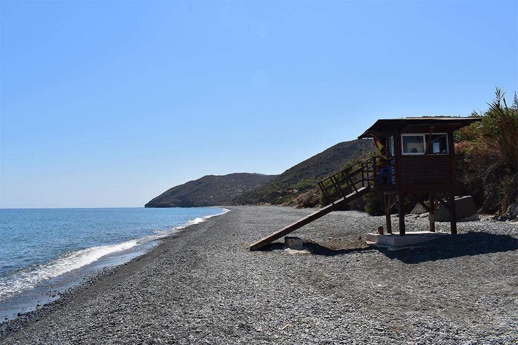 polis-beaches-part-2_01-grape-border