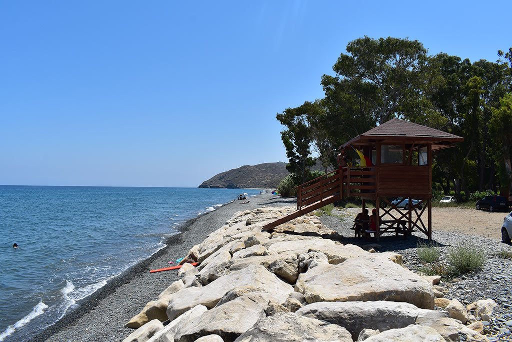 polis-beaches-part-2_05-lifeguard