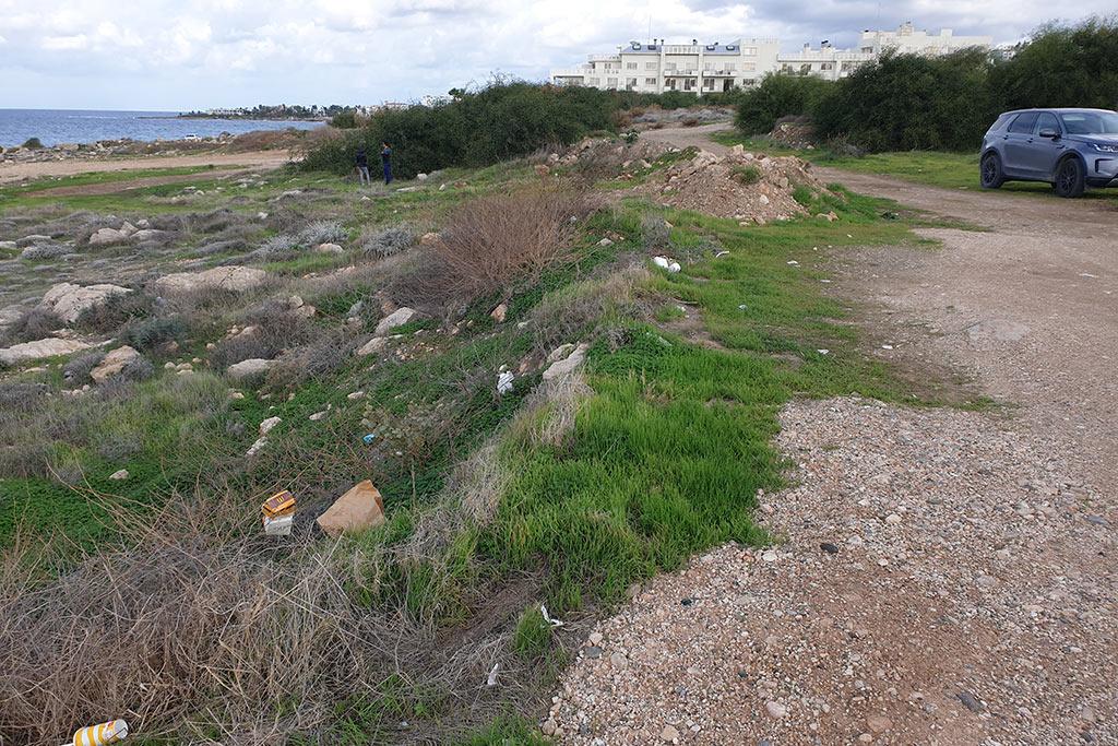 venus-beach-cleanup_03