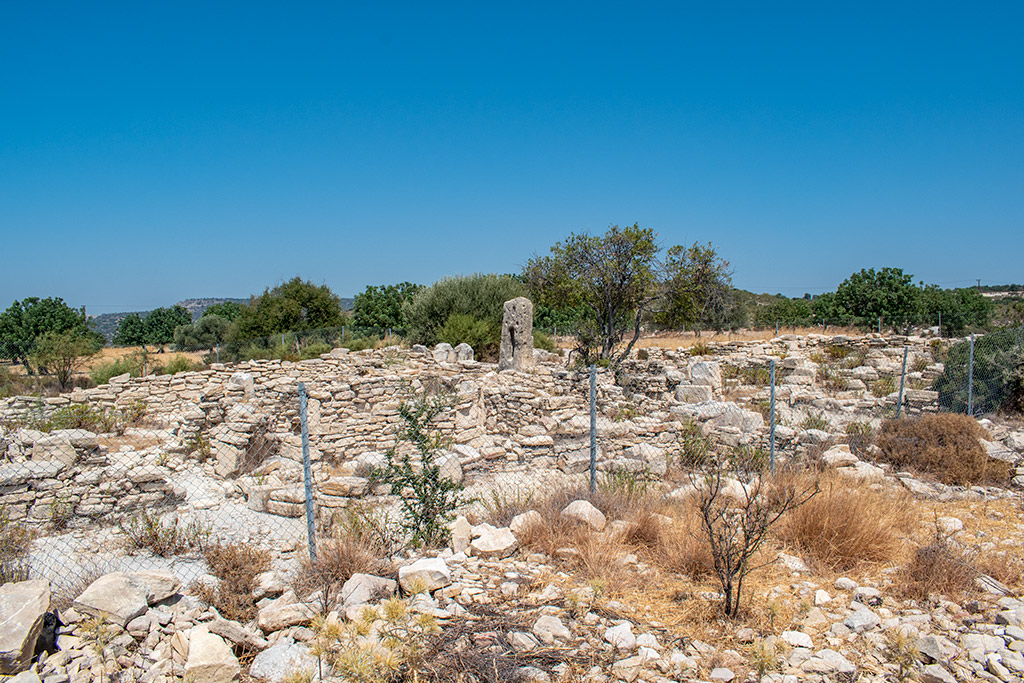 anogyra-vlou-archaeological-site_04