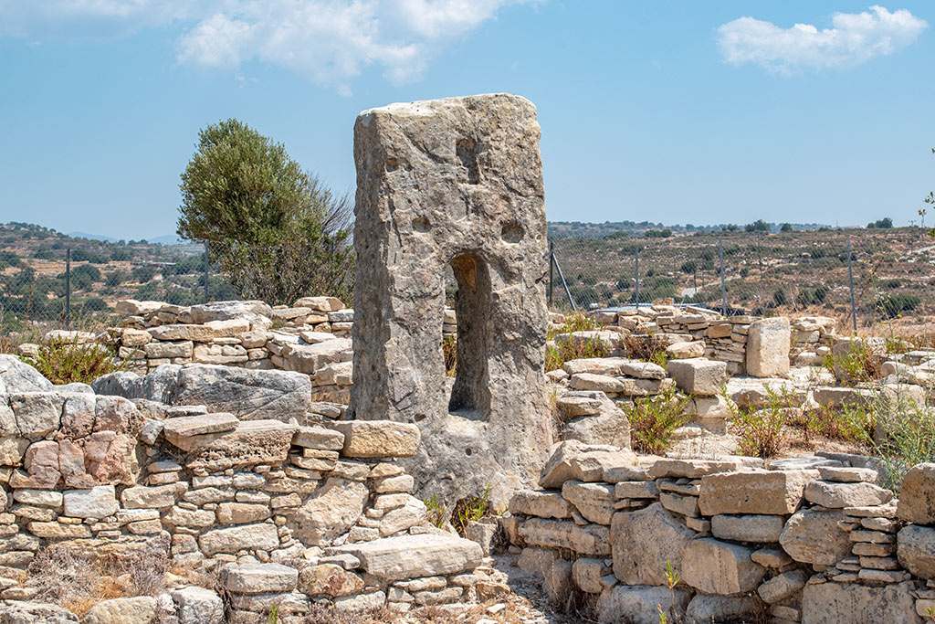 anogyra-vlou-archaeological-site_05