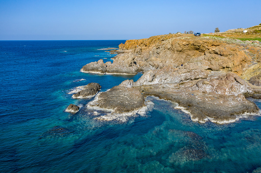ayia-marina-coast_03