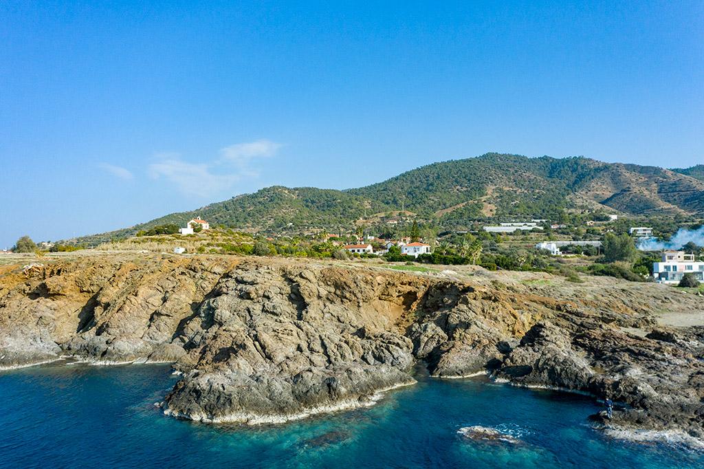 ayia-marina-coast_05