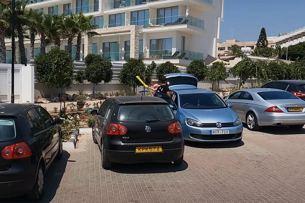 holidays-in-cyprus_02-car-rentals