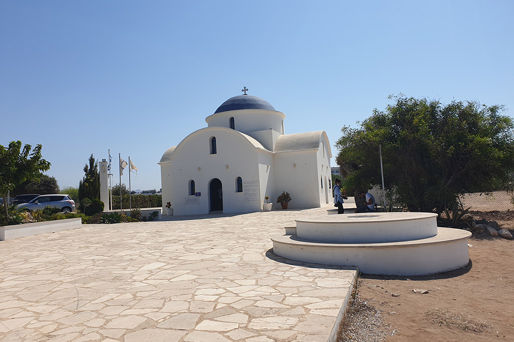 kato-paphos-in-august_03