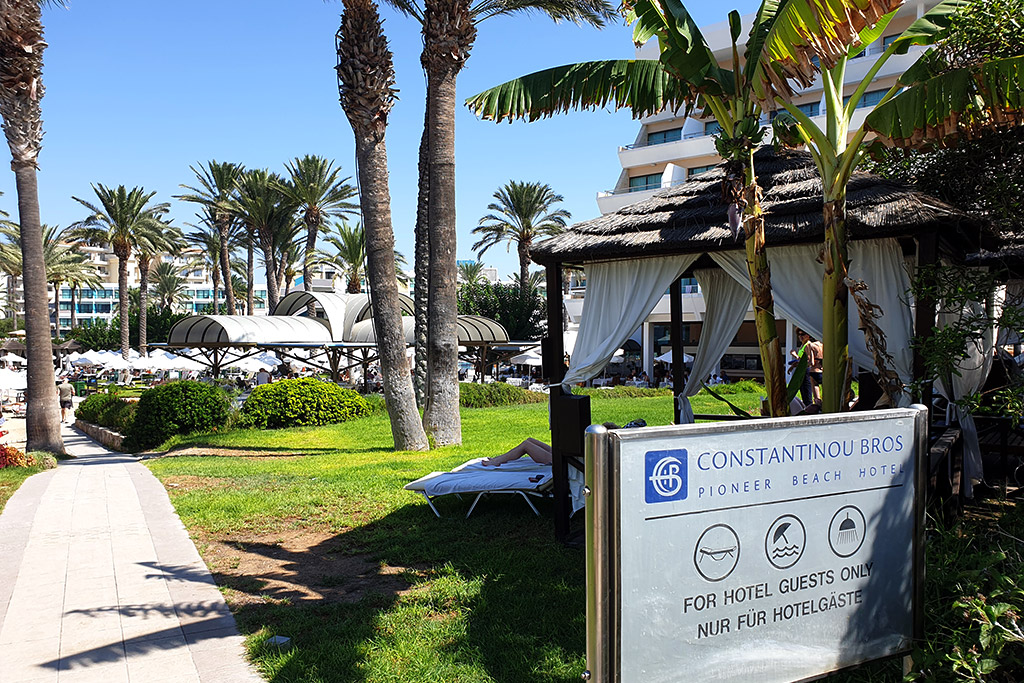 kato-paphos-in-august_07