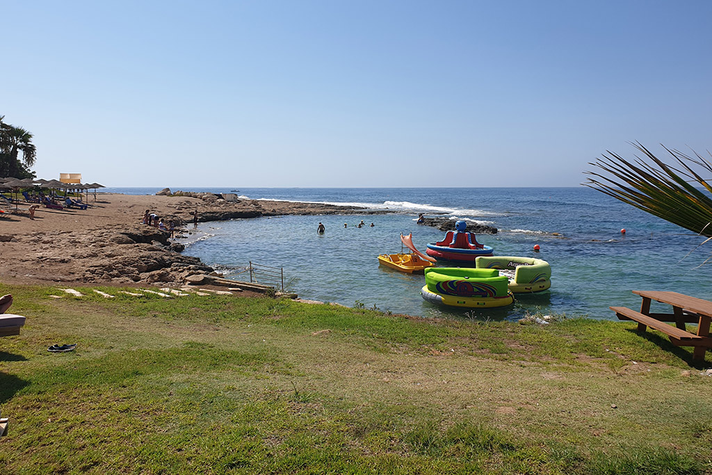 kato-paphos-in-august_10