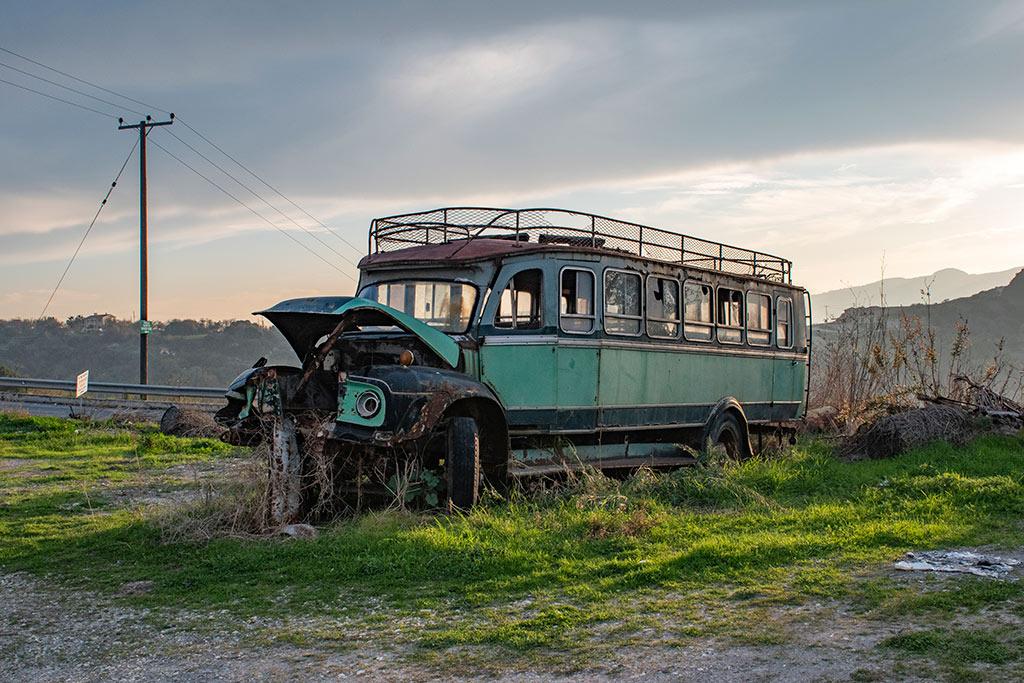 last-bus-to-simou_01