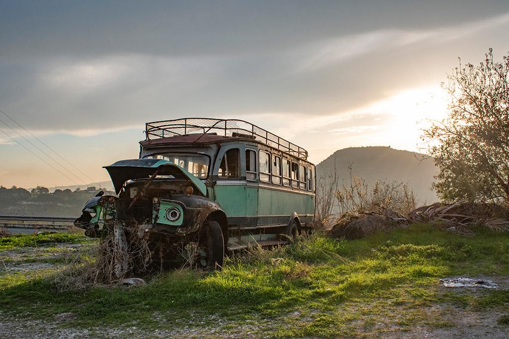 last-bus-to-simou_02