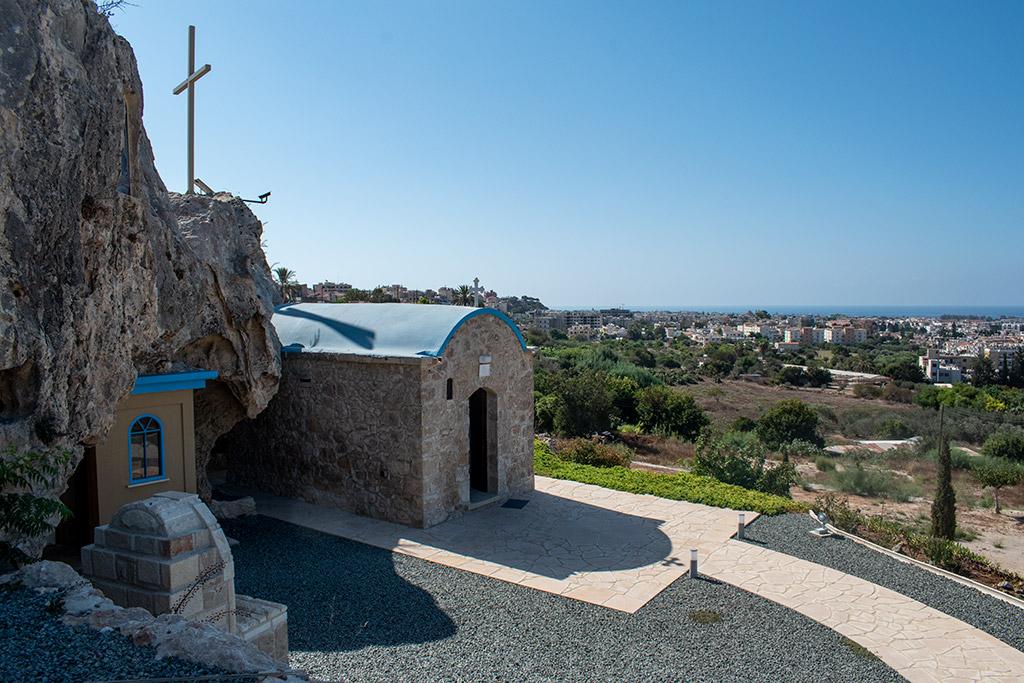 moutallos-shrine-chapel_02