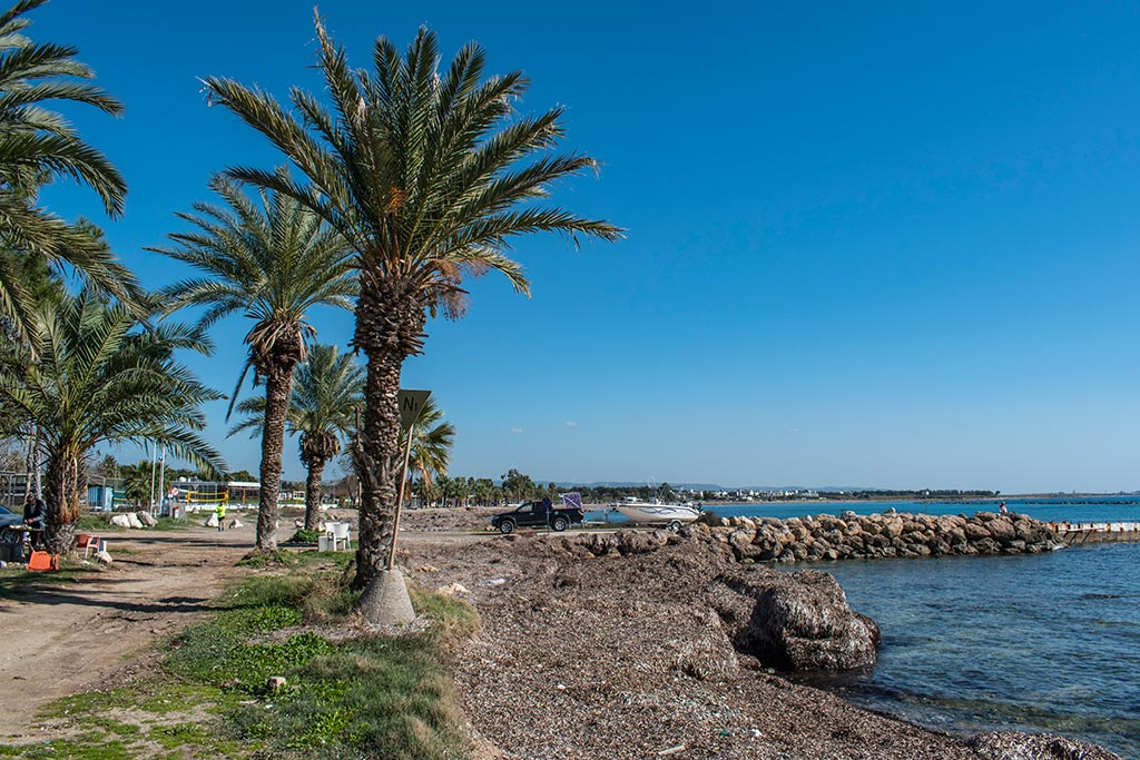 paphos-coast-during-lockdown_04