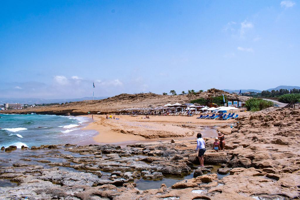 sandy-beach-lemba_01