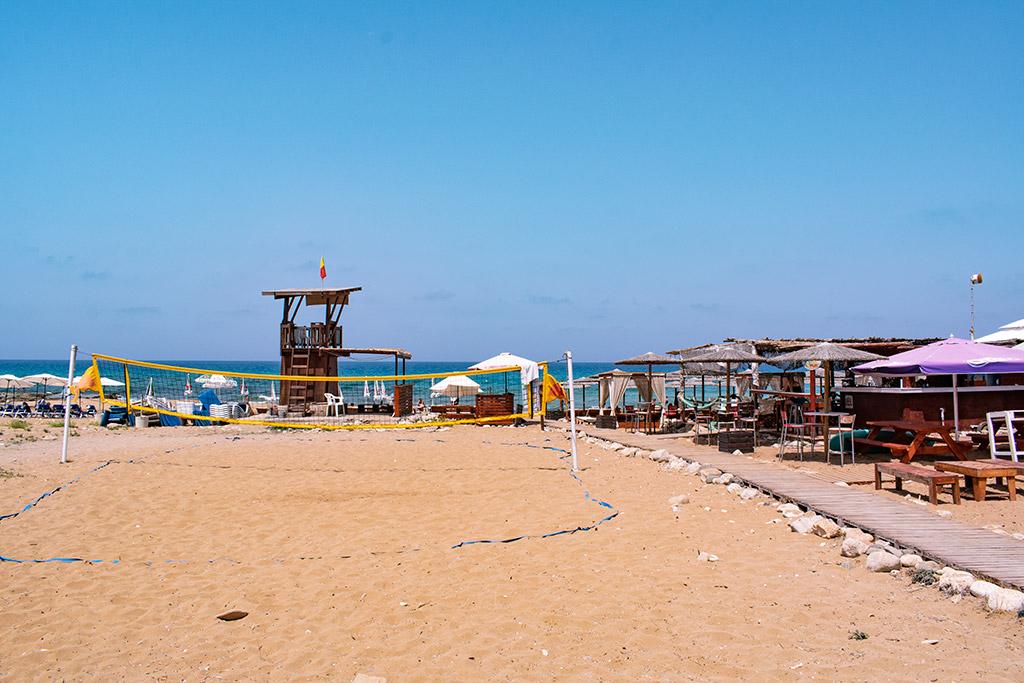 sandy-beach-lemba_05