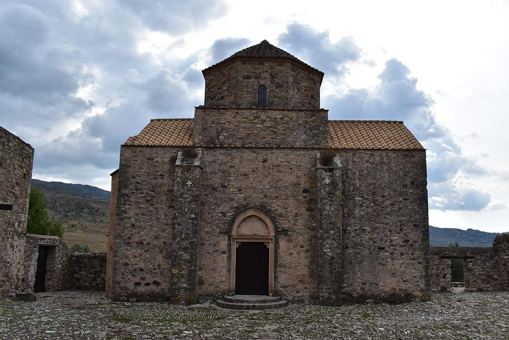 sinti-monastery-revisited_04
