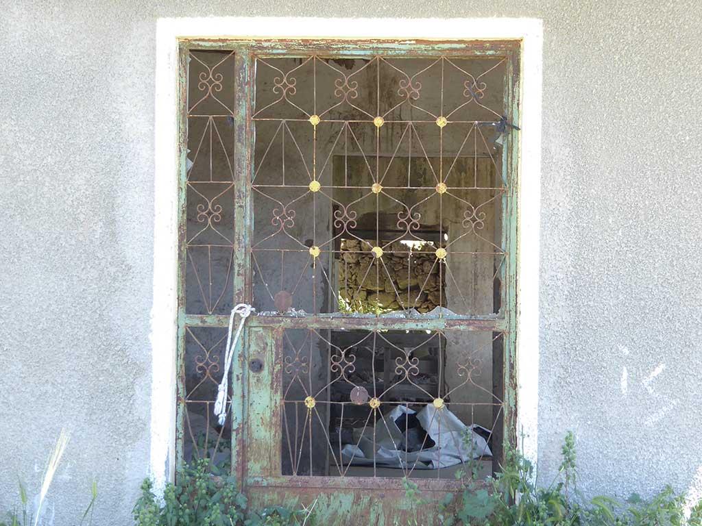 melandra_05_window