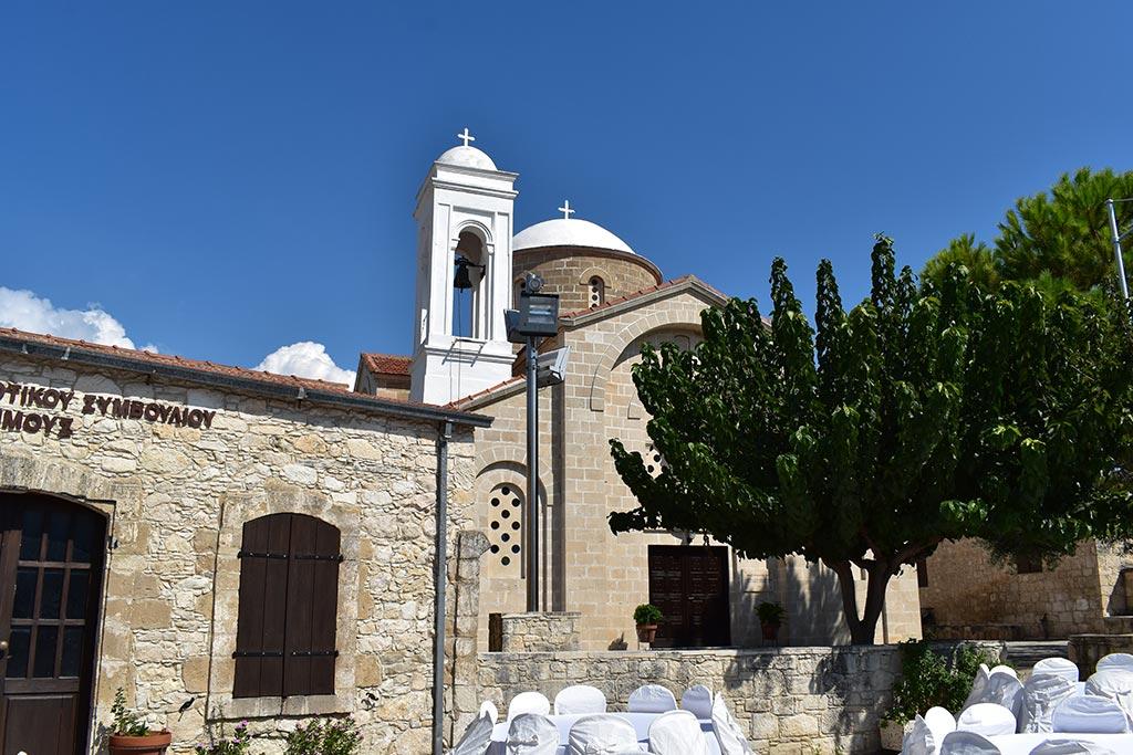 simou-church_03