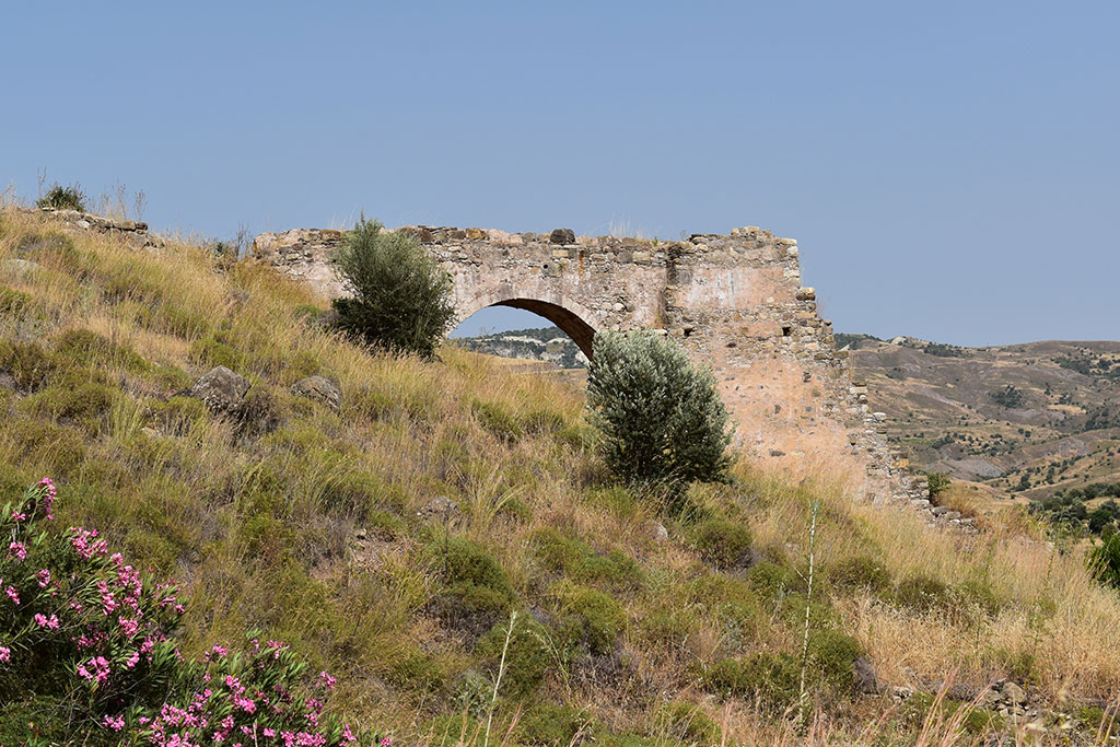xeros-river-ruins_10