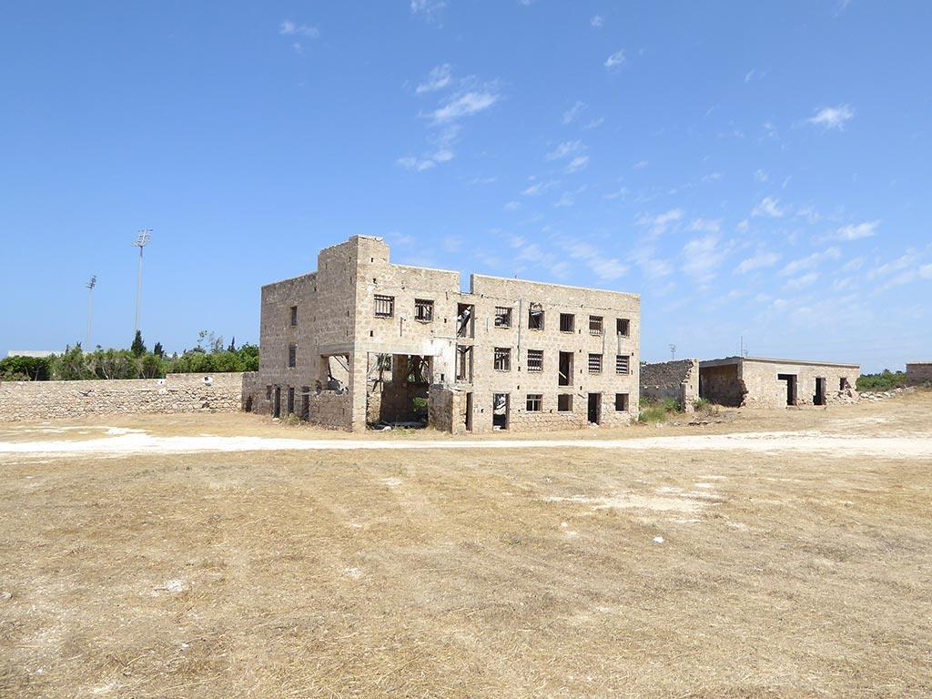yerokipia_farm_02_main_building