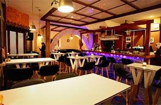 Boulevard Bistro Wine Bar