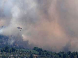 Fire breaks out in Paphos