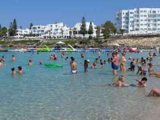 Over half-a-million tourists visited Cyprus in August