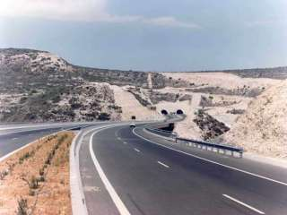 Part of Paphos-Limassol motorway remains closed
