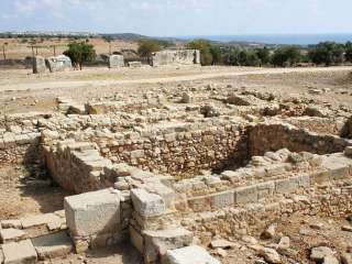 State must step in to stop looting near ancient site, Kouklia leader says