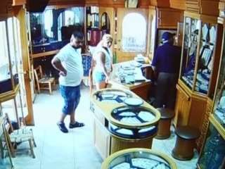 Update: Police release pictures of Paphos jewellery shop theft suspects